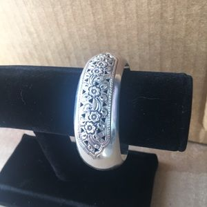 Jewelry - 🌺Sterling Silver .925 cuff.